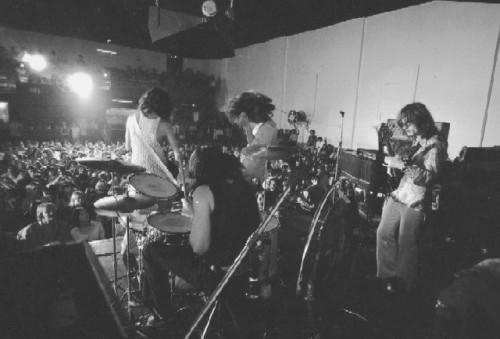 2115_Led-Zeppelin751619.jpg