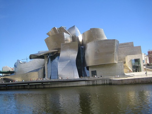 Tom Krens Resigns from the Guggenheim - Image 8