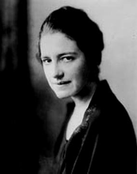 sophie treadwells machinal essay 'machinal' defines feminism from '20s' outlook tuesday, march 02, 1999 by john hayes someone who lived her life like sophie treadwell.